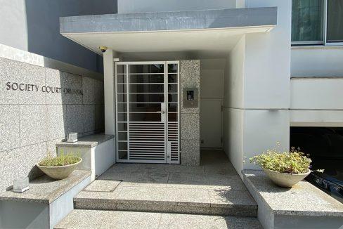 SOCIETY COURT ORIENTAL(ソサイエティ オリエンタル コート)の玄関ドア