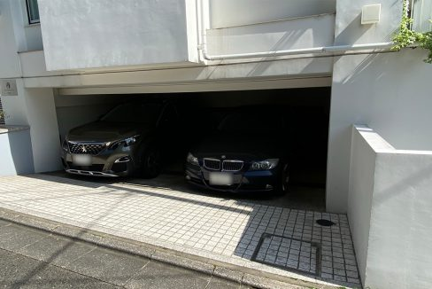 SOCIETY COURT ORIENTAL(ソサイエティ オリエンタル コート)の駐車場