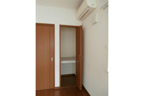 sunnyhill-biverly-closet