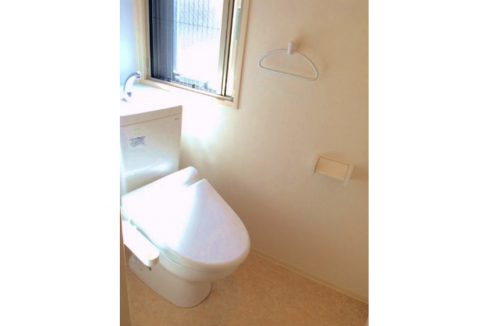 terrace-familia-minoru-toilet