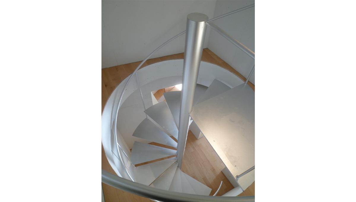 アリウェイ戸越(トゴシ)の螺旋階段