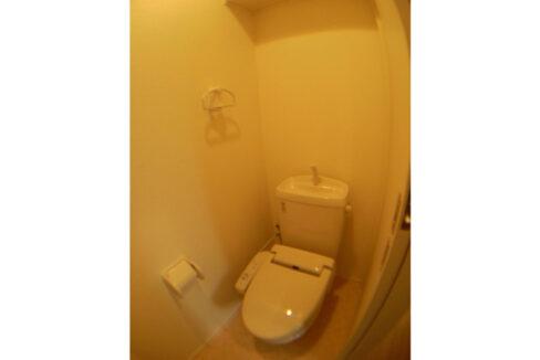 アムール大岡山(オオオカヤマ)のウォシュレット付トイレ
