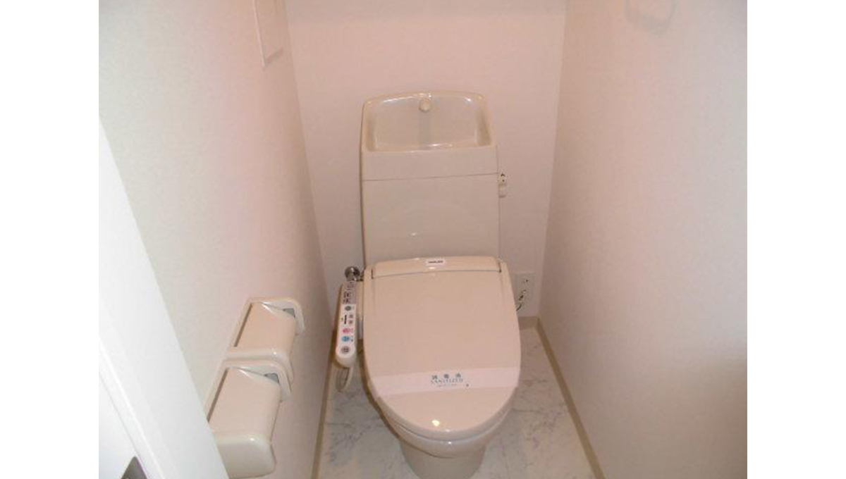 Charme maison上池台(カミイケダイ)のウォシュレット付トイレ