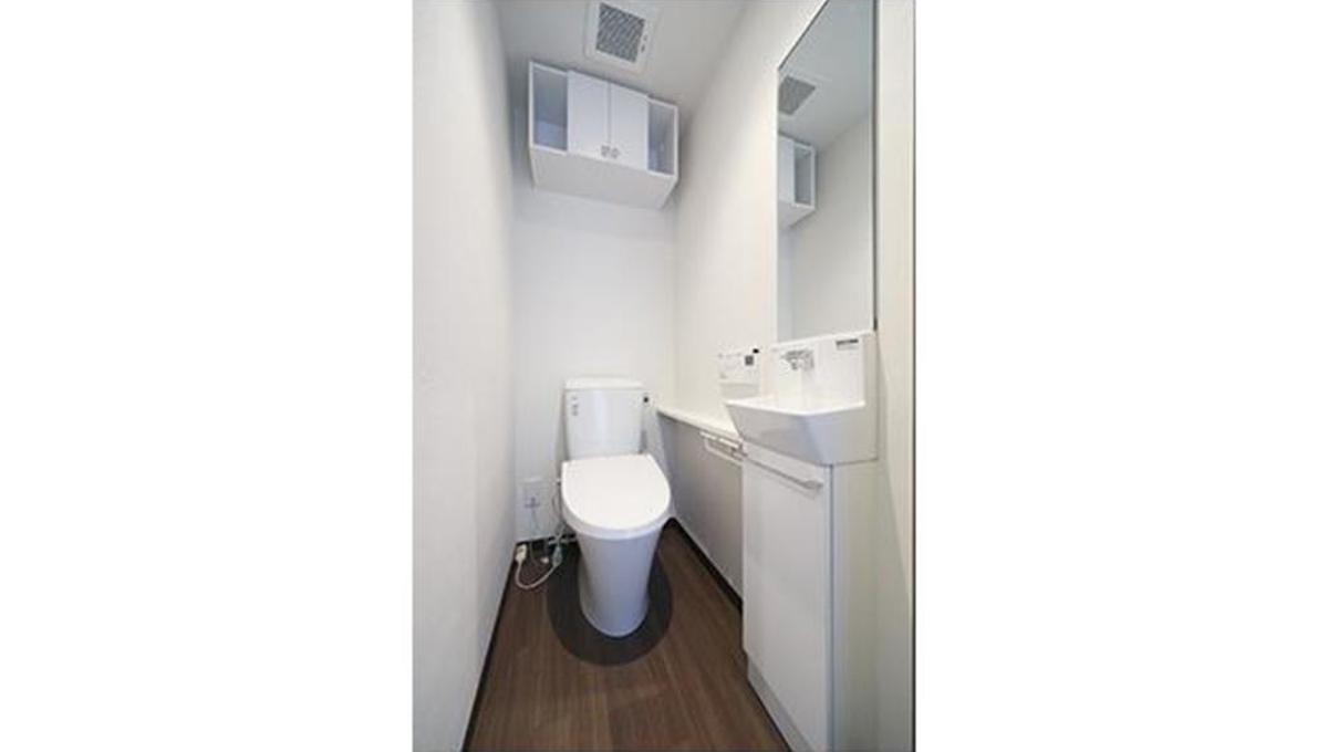 コリーヌ緑が丘グラン(ミドリガオカ)のウォシュレット付トイレ