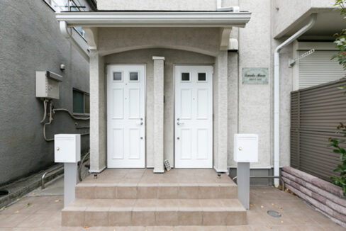 Comodia Misuzu(コモディアミスズ)の玄関ドア