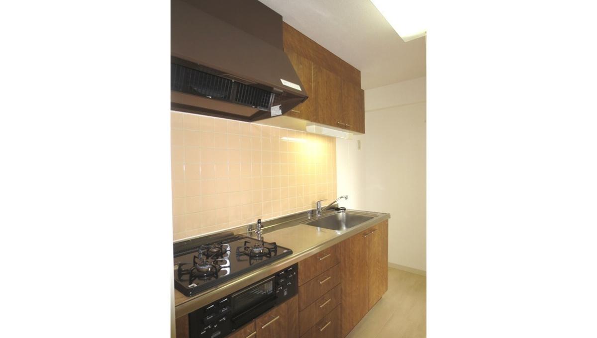 Cortile自由ヶ丘(ジユウガオカ)の3口ガスキッチン