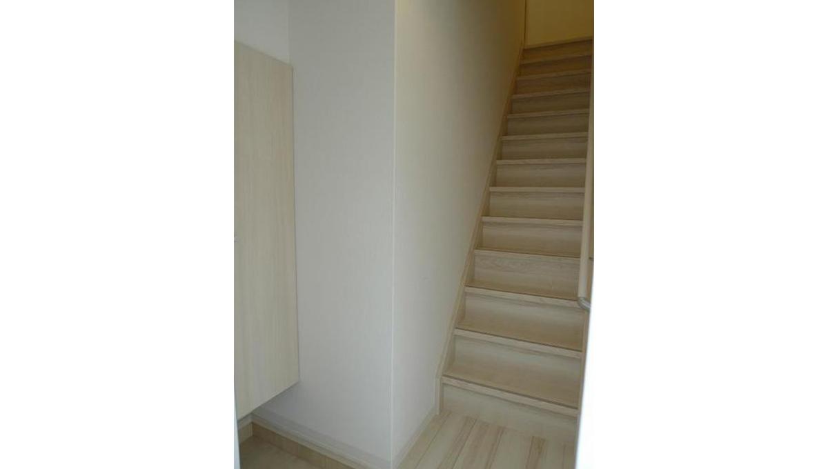 エルスタンザ品川二葉(シナガワフタバ)の階段
