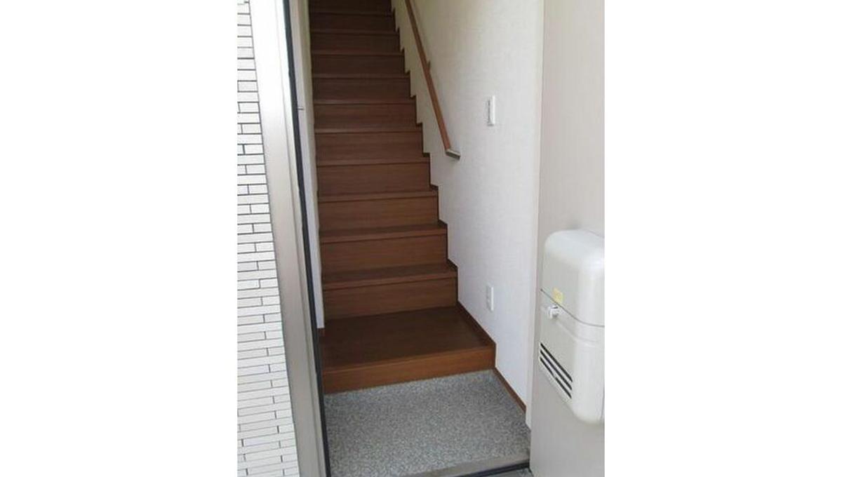 ファミールコガの階段