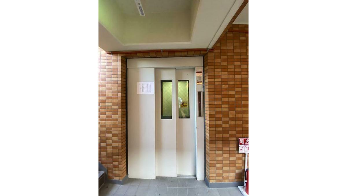 グロリー自由が丘(ジユウガオカ)のエレベーター