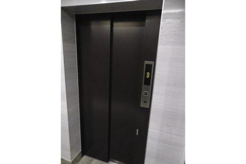 グランドニコスのエレベーター