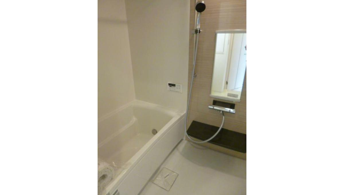 グランレイム目黒(メグロ)のバスルーム