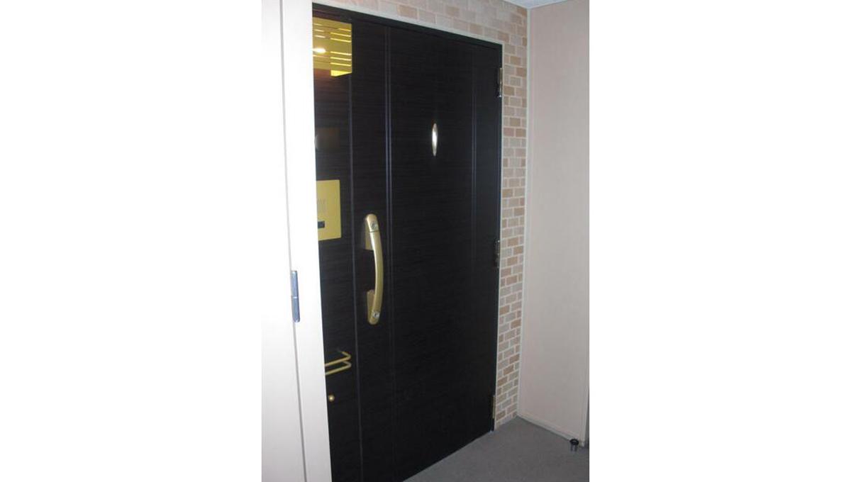 グランシティユーロレジデンス品川の杜(シナガワノモリ)の玄関ドア