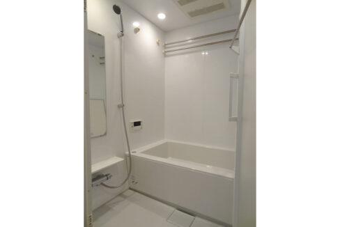 旗ヶ岡アパートメント(ハタガオカ)の追焚機能付バスルーム