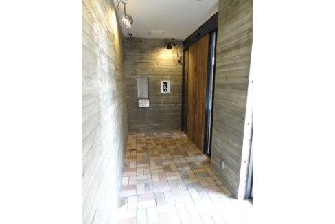 旗ヶ岡アパートメント(ハタガオカ)のエントランスホール