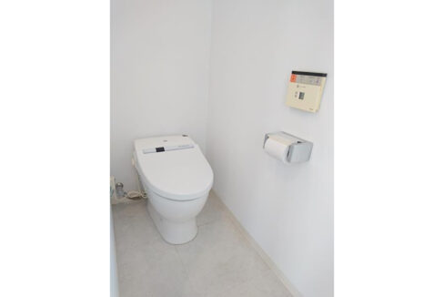 KDXレジデンス自由が丘(ジユウガオカ)のウォシュレット付トイレ