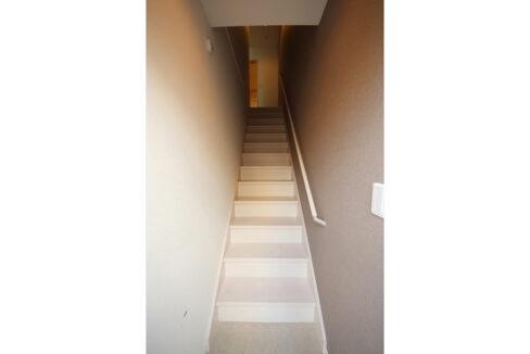 キューエル緑が丘(ミドリガオカ)の階段