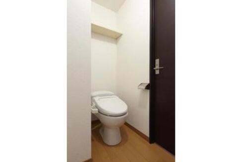 リブリ・自由が丘(ジユウガオカ)のウォシュレット付トイレ
