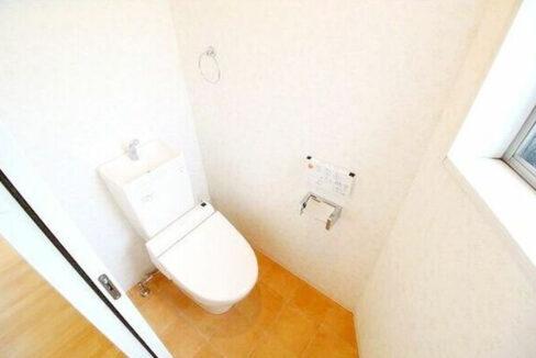 エム・トラペシオのウォシュレット付トイレ