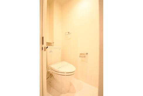 メゾンブランシェのウォシュレット付トイレ