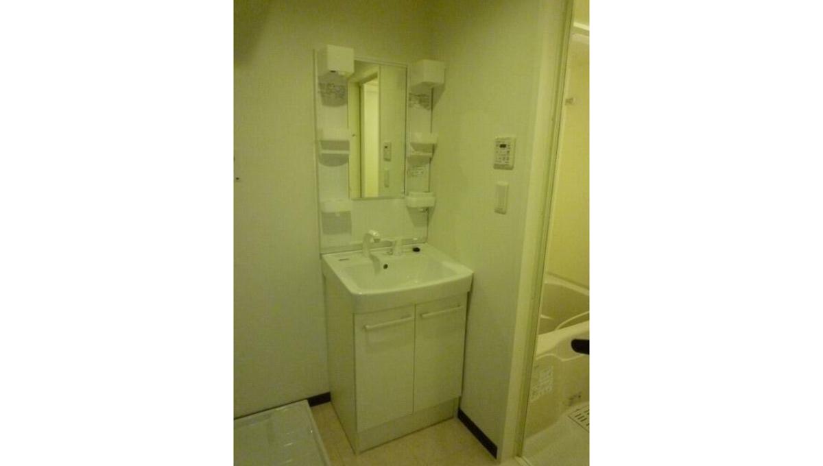 メゾン・ド・コフレ自由が丘Ⅰ(ジユウガオカ)の独立洗面化粧台
