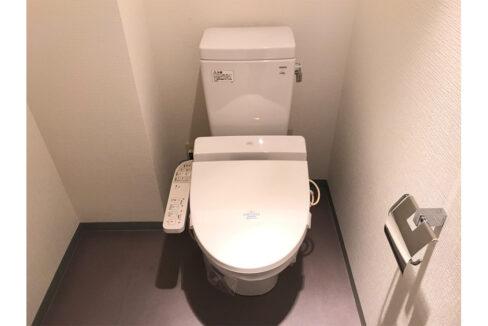レガリア都立大レジデンス(トリツダイ)のウォシュレット付トイレ