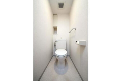 レジデンスシャルマン林試の森(リンシノモリ)のウォシュレット付トイレ