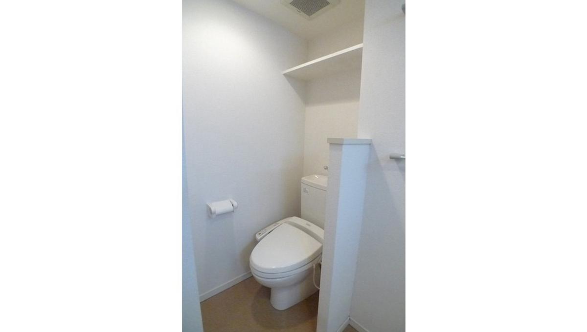 セローセロー自由が丘(ジユウガオカ)のウォシュレット付トイレ