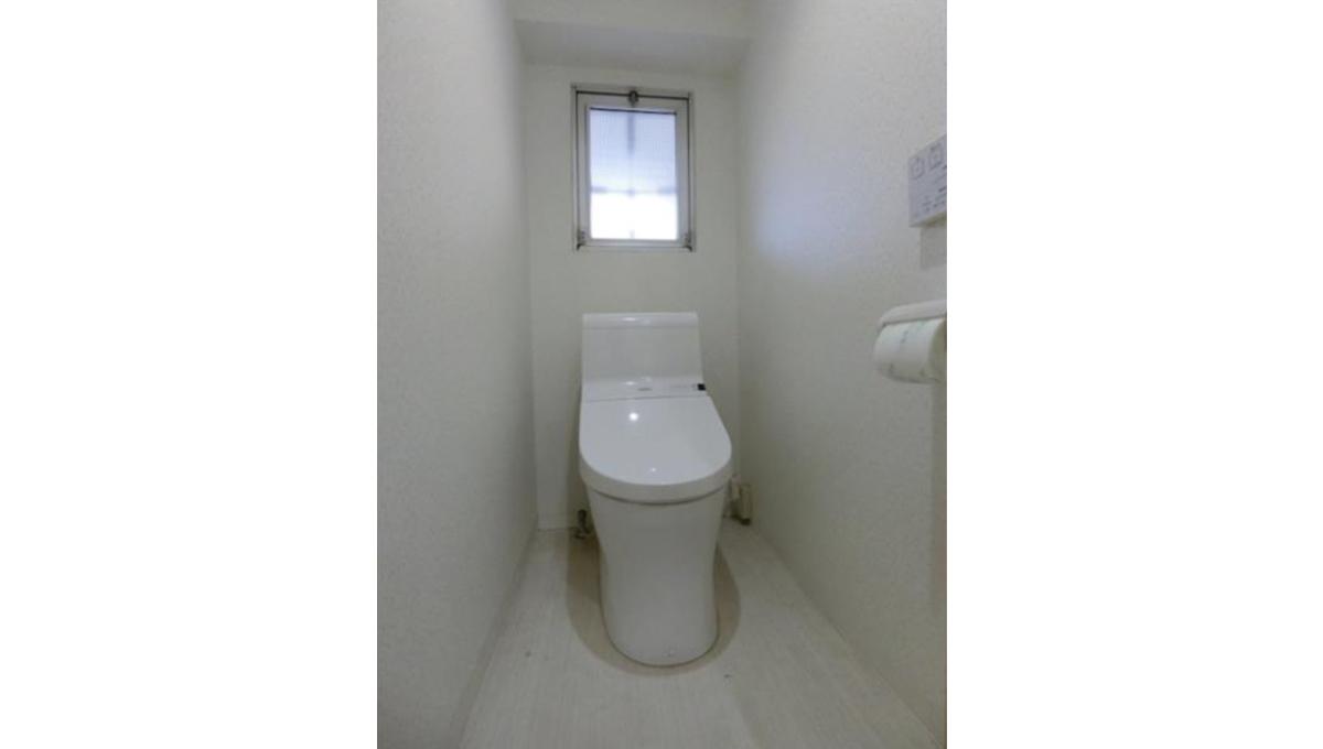 秀和洗足レジデンス(センゾク)のウォシュレット付トイレ