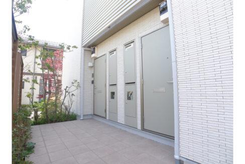 蓼科荘(タデカソウ)の玄関ドア