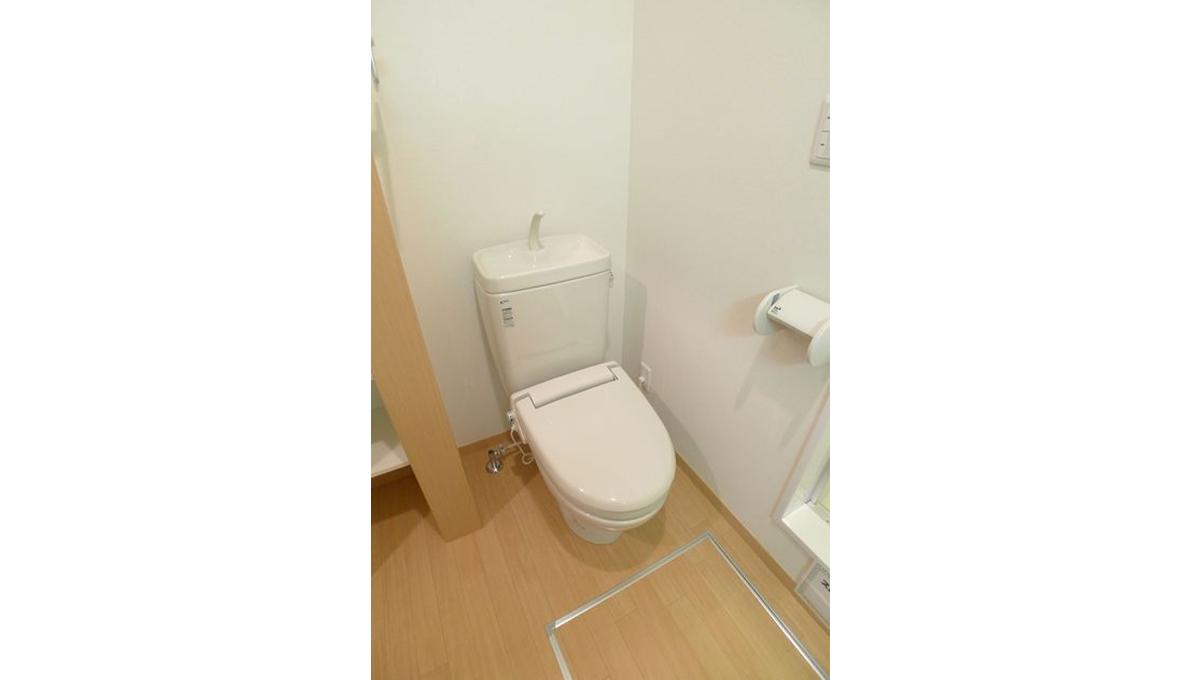 蓼科荘(タデカソウ)のウォシュレット付トイレ