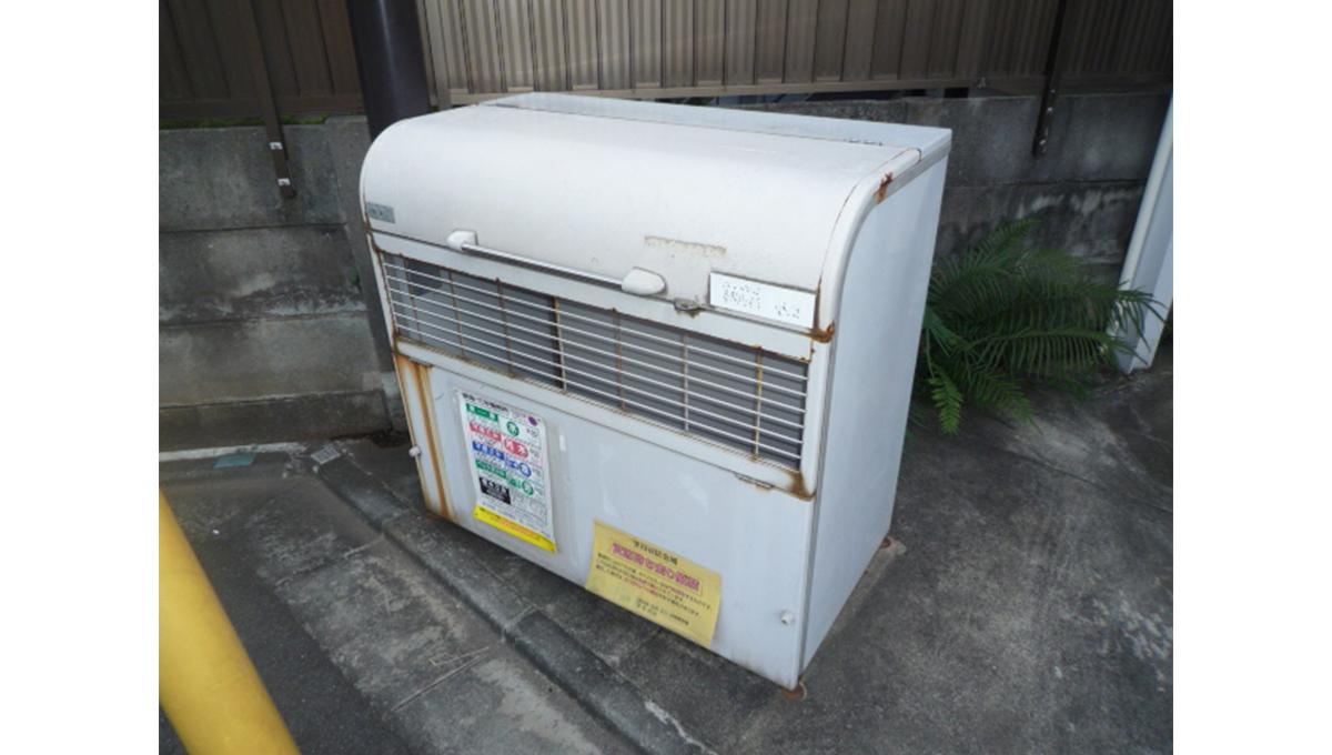 蓼科荘(タデカソウ)のダストボックス