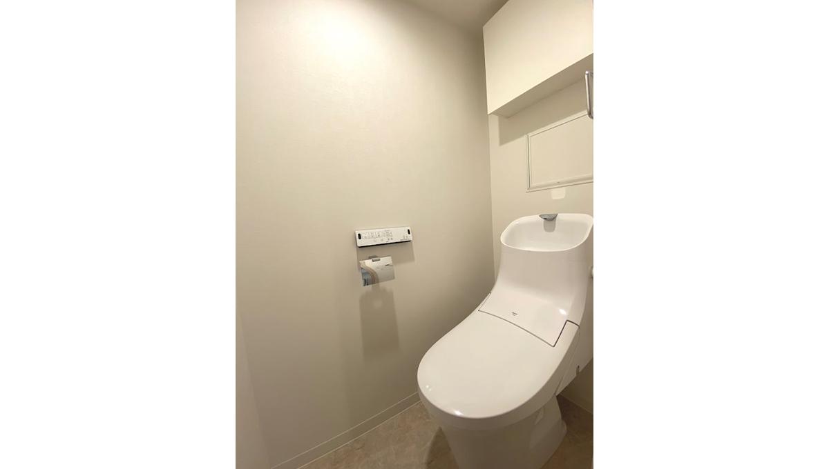 アーバンコート小山(コヤマ)のウォシュレット付トイレ