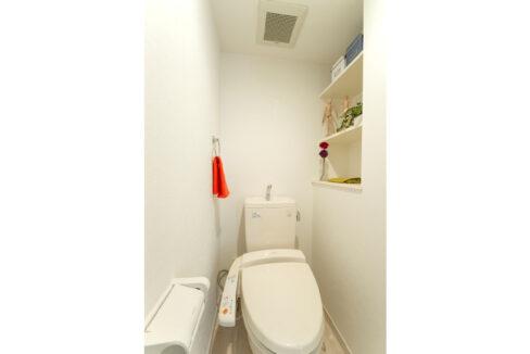 ウィスタリアヒルズのウォシュレット付トイレ