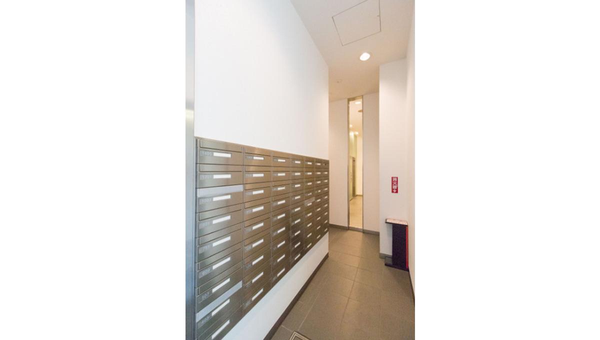 カスタリア目黒かむろ坂(メグロカムロサカ)のメールボックス