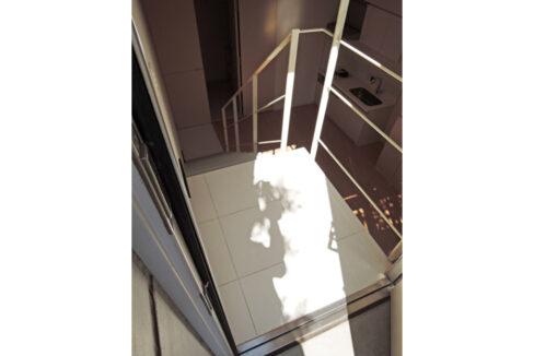 FLEG自由が丘EL(フレッグ ジユウガオカ)の階段