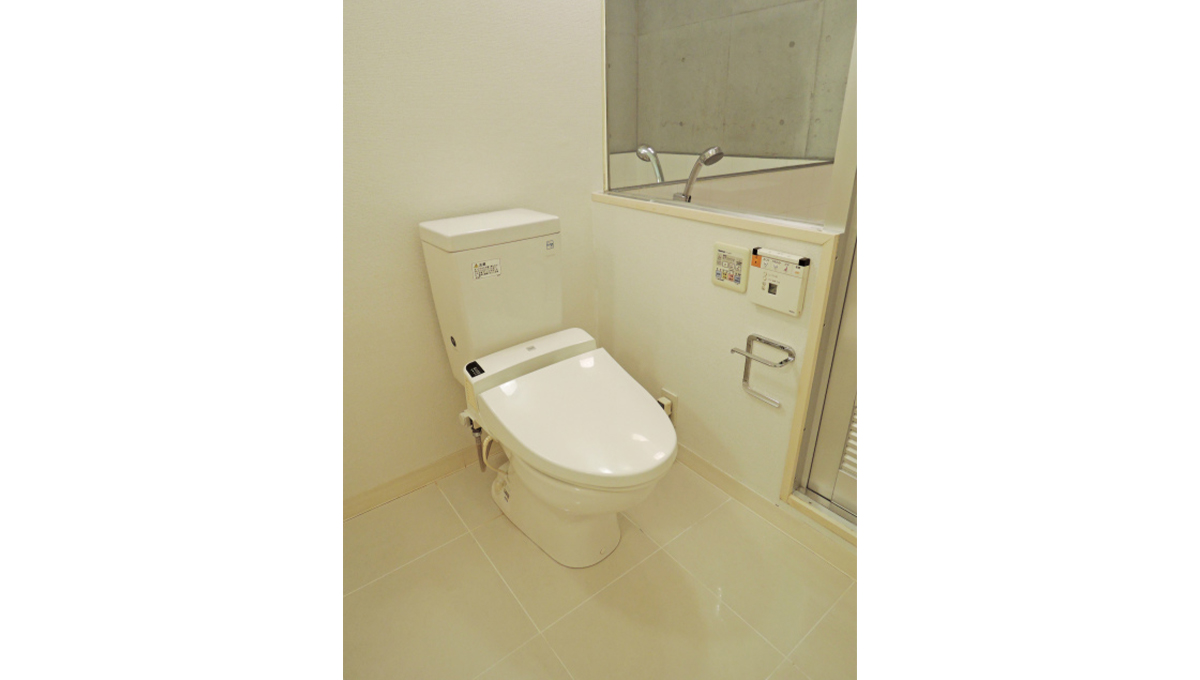 FLEG自由が丘EL(フレッグ ジユウガオカ)のウォシュレット付トイレ