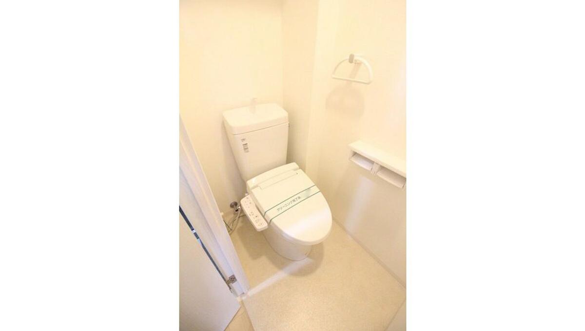 ラコールダンジュのウォシュレット付トイレ