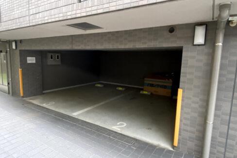 ルーブル目黒洗足(メグロセンゾク)の駐車場