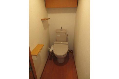 ルーブル武蔵小山弐番館(ムサシコヤマ ニバンカン)のウォシュレット付トイレ