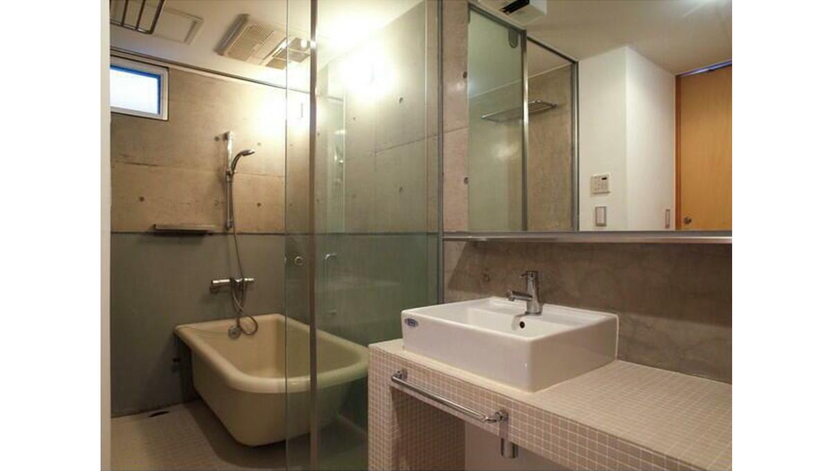 solevante(ソルレヴァンテ)のバスルーム
