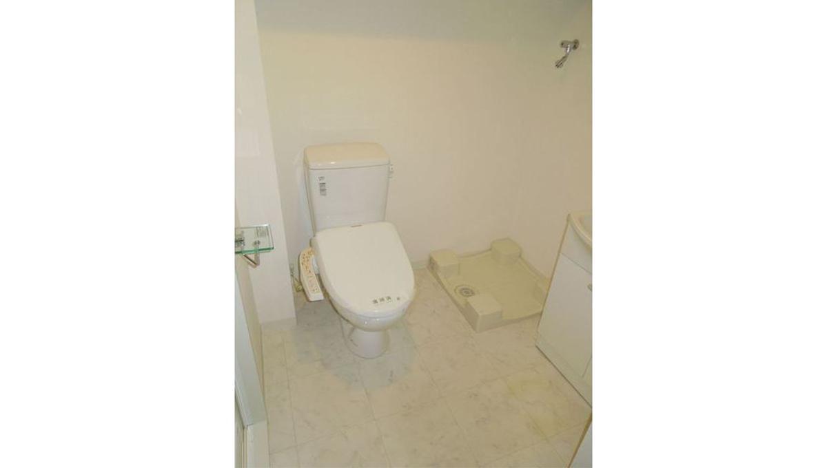 スパシエソリデ目黒(メグロ)のウォシュレット付トイレ