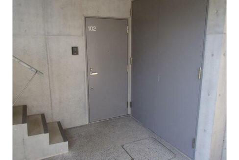スペックレジデンス上池台(カミイケダイ)の玄関