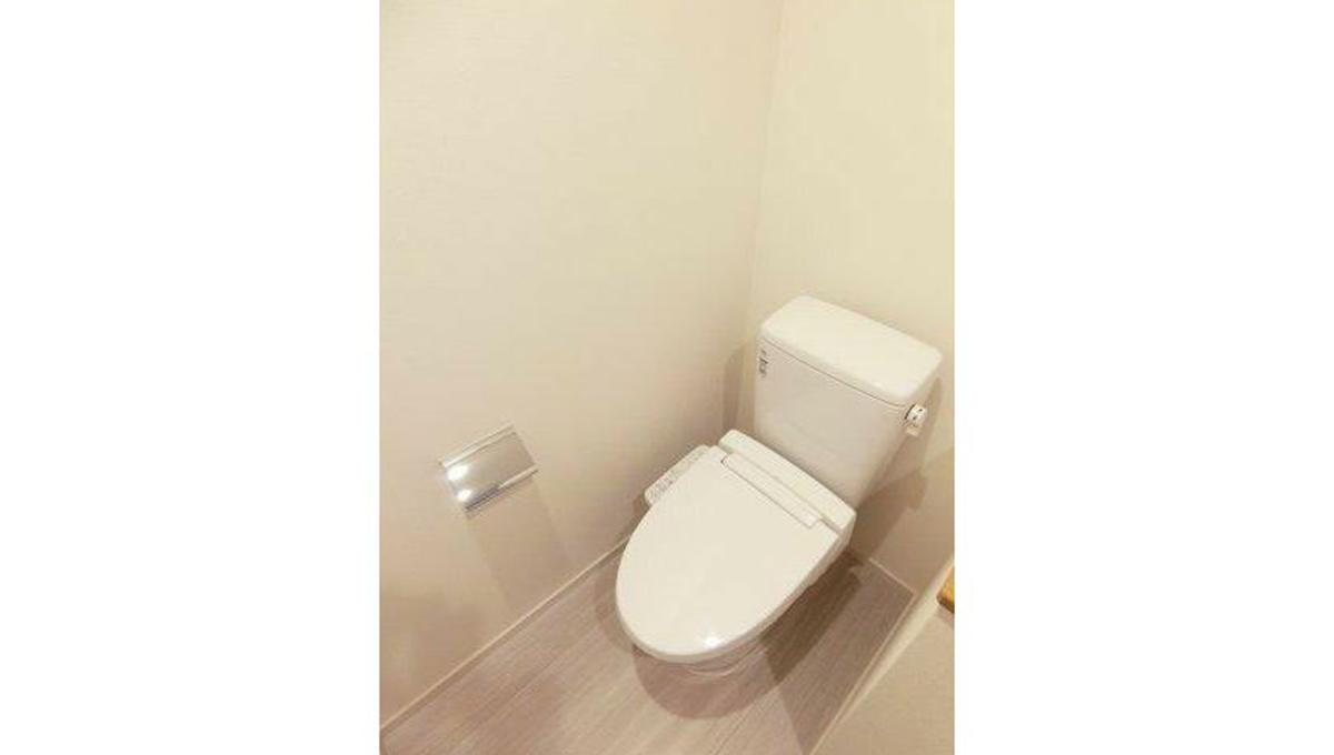 Style Yet Okusawa(スタイル イェット オクサワ)のウォシュレット付トイレ