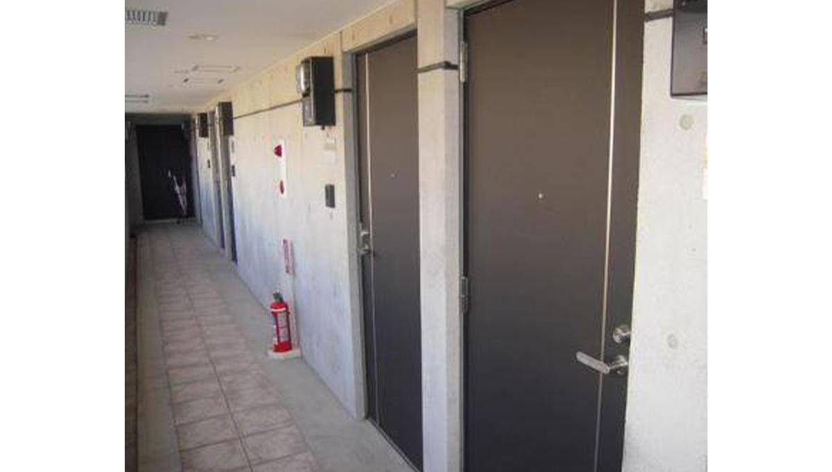 アーバイル武蔵小山(ムサシコヤマ)の玄関ドア