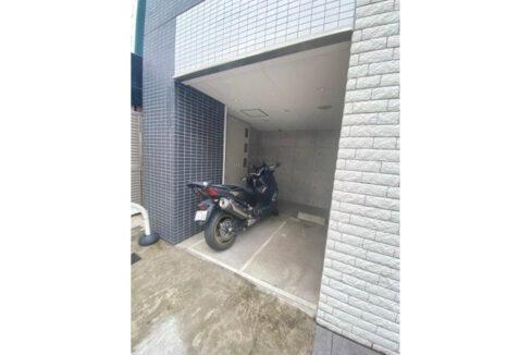AXAS 目黒 Sta. (アクサス メグロ )のバイク置場
