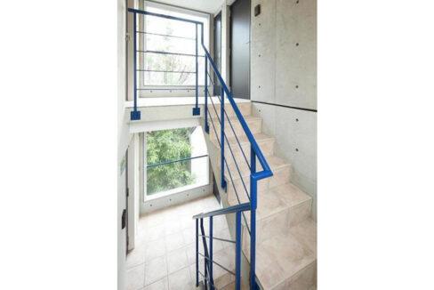 ブランシェ 荏原中延( エバラ ナカノブ )の階段