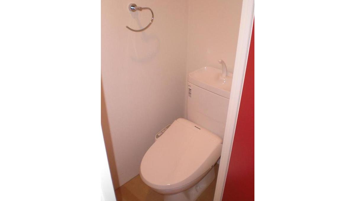 ブランシェ 荏原中延( エバラ ナカノブ )のウォシュレット付トイレ