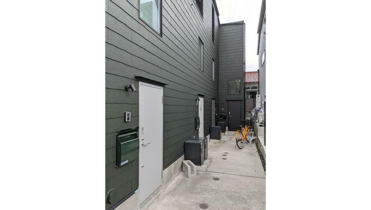 K1 TOWN( ケイワン タウン)の玄関ドア