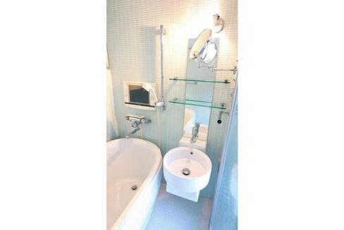 ニューメゾネット 白金台( シロカネダイ )のバスルーム