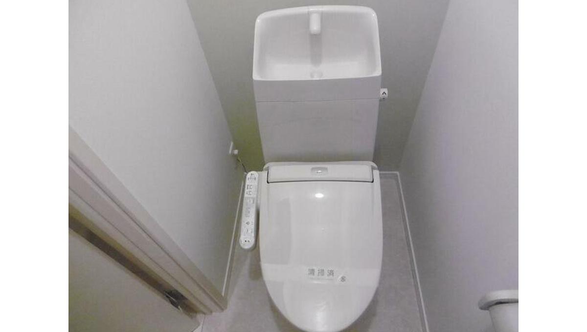 Regno( レグノ )のウォシュレット付トイレ